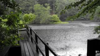 Sons da Natureza - Chuva no rio, corrente de água (2 horas)