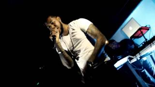 Download Club Kizomba -- BOM FOZ MP3 song and Music Video