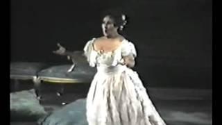 Luciana Serra - E Strano... Sempre libera ( La Traviata - Giuseppe Verdi )