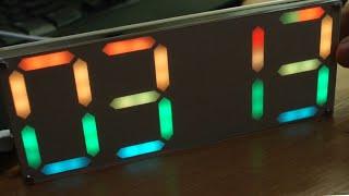 Часы с крупными RGB индикаторами, DIY конструктор.
