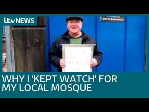 Message of kindness outside Manchester Mosque seen around th