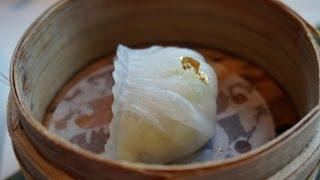 Eating Dim Sum in Hong Kong, China (吃在香港的點心)