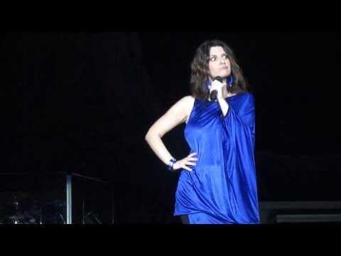 LAURA PAUSINI PALERMO 21/07/2012 Travel Video