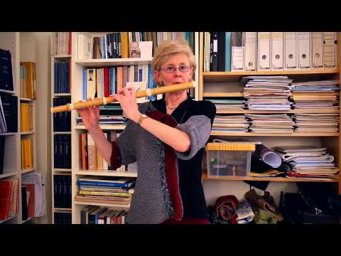 How to make a beautiful sound on the baroque flute; Kate Clark