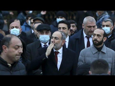 Армения: премьер-министр Пашинян извинился за ошибки властей …