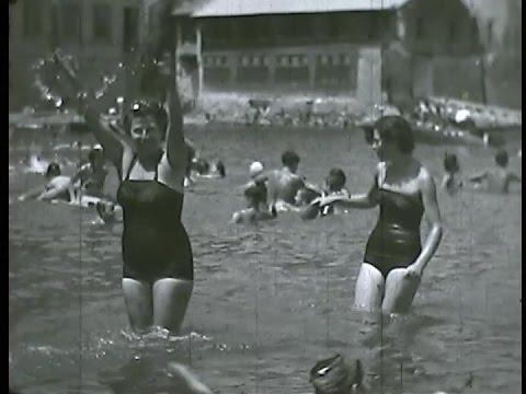 Spiaggia di Riva Fiorita Posillipo anni cinquanta