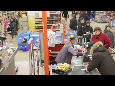 Учебная эвакуация в гомельском гипермаркете «Евроопт» по улице Хатаевича