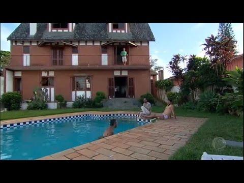 Sem gastar muito, amigos realizam sonho de alugar uma mansão em SP