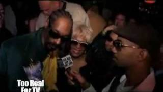 Download Video SNOOP DOGG POPPIN SOME PIMPIN MP3 3GP MP4