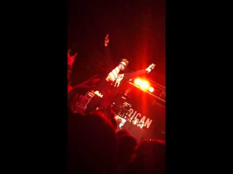 Yelawolf - If Heaven Ain't Alot Like Dixie *LIVE IN NASHVILLE*