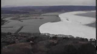 東北地方太平洋沖地震による津波(岩手県久慈市上空) thumbnail