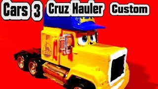 Pixar Cars 3 Custom Cruz Hauler and Learn Colors and Paint Primer Mack with Primer Lightning McQueen