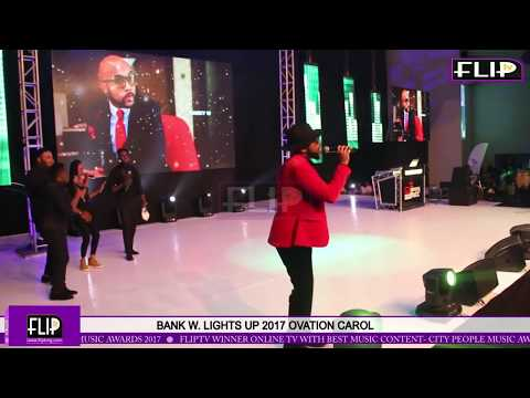 BANKY W  LIGHTS UP 2017 OVATION CAROL