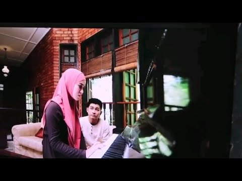 Emma Maembong practice + scene sebenar main piano lagu Sedetik Lebih | Awak Suka Saya Tak