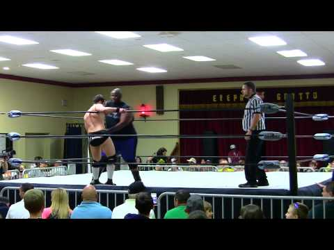 Shane Taylor vs Brandon Thurston