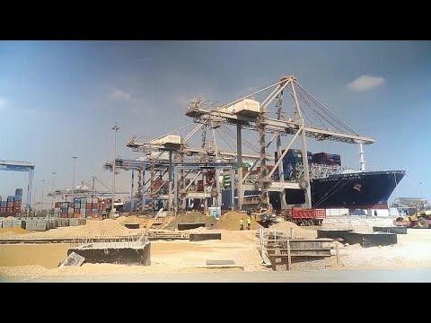 موانئ دبي العالمية السخنة تفتح آفاقًا اقتصادية جديدة أمام مصر …  - 18:54-2019 / 11 / 6