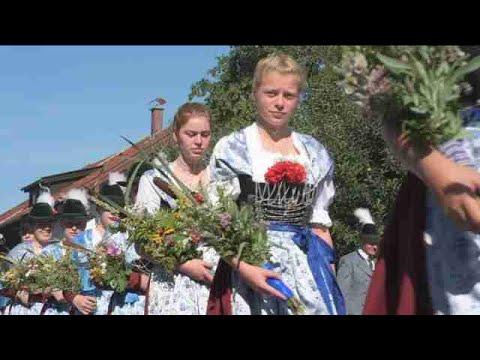 Baviera celebra con música y trajes tradicionales el Día de la Asunción de la Virgen