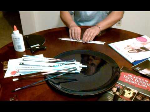 Espejo con papel reciclado dorado youtube for Como hacer espejos vintage