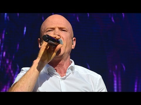 Jimmy Somerville performing