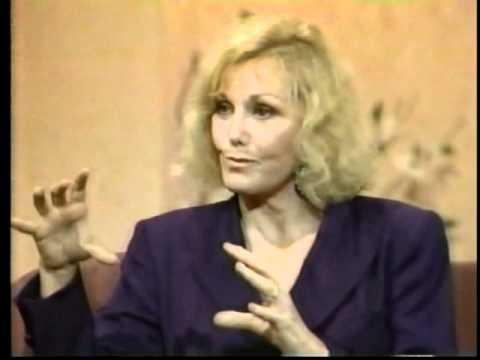 Kim Novak on Joan Rivers  1989