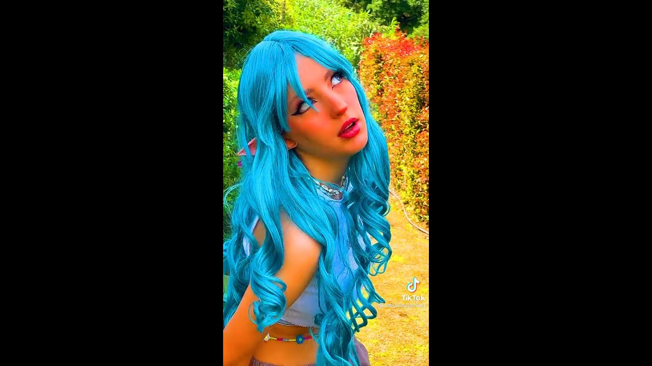 Trying on Long Blue Hair #shorts