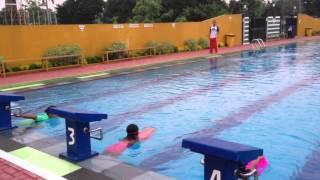 Latihan renang di Tajimalela 202