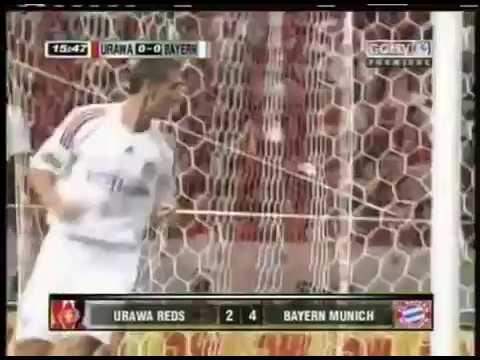 Download Miroslav Klose (Bayern Munique) - 31/07/2008 - Urawa Red Diamonds-JPN 2x4 Bayern Munique - 1 gol