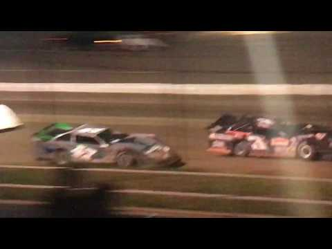 5/12/2017 Black Hills Speedway main event (outside)