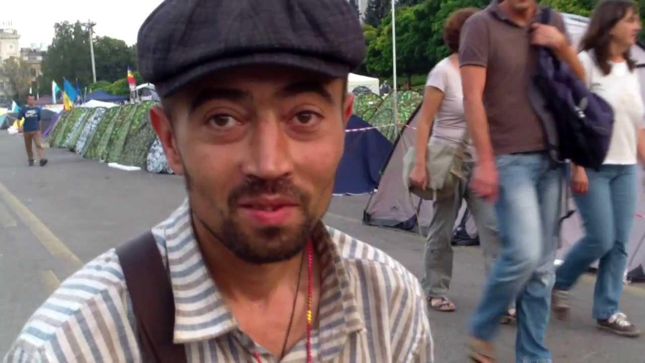 Protestează în #PMAN, dar n-are cort… nici casă