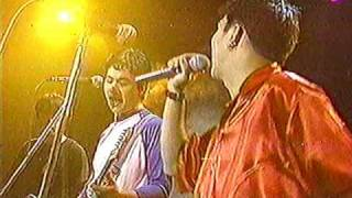 Francis M. with the Eraserheads: A Whole Lotta Lovin