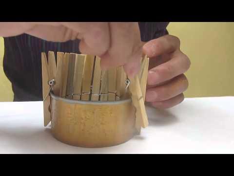 Manualidades joyero tocador hecho con pinzas de madera - Como hacer un joyero de madera ...