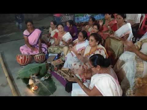Assamese women singing nagara naam in Guwahati