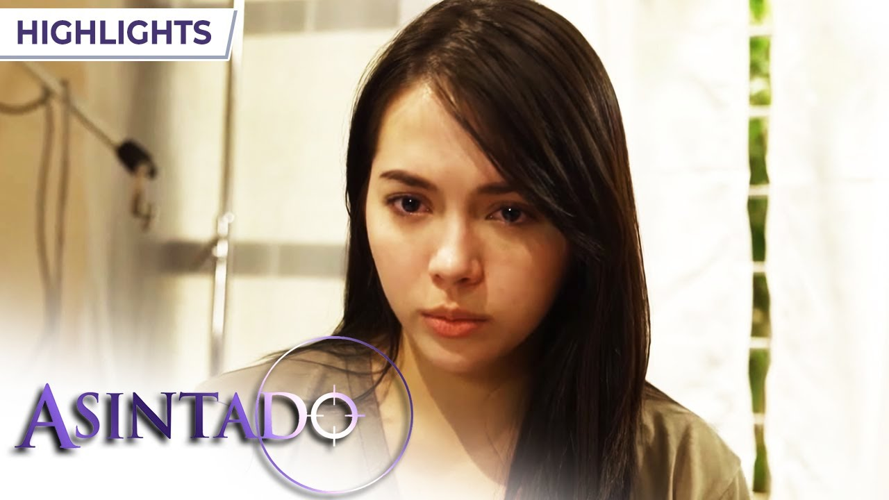 Download Ana is ready to fight | Asintado