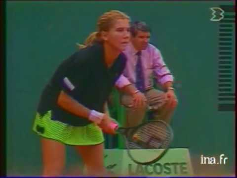 Monica Seles vs Ronni Reis 1989 RG Round 1 End of match