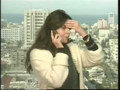 Hamas fires from foreign Press building in Gaza January 2009 - Unintentional News from Alarabiya-TV