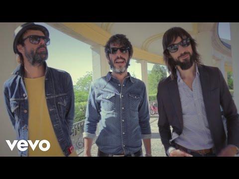 Sidonie - Estáis Aquí (Official Video) - YouTube