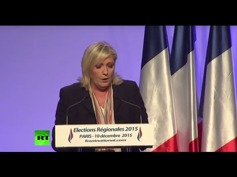 L'allocution de Marine Le Pen devant les militants du Front national à Paris