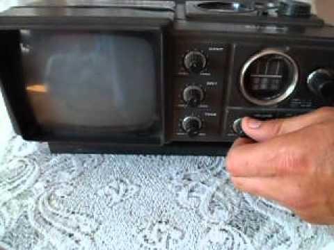 ANTIGUA TV-AM/FM RADIO PORTABLE SAMSUNG 80s