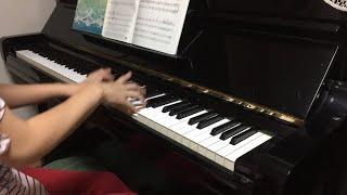 こんばんは! 今回は実家に帰省しているので、アップライトピアノで連弾...