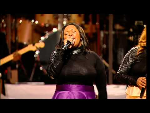 Lisa Knowles & The Brown Singers Part 1 - The 2014 World's Greatest Mother's Day Gospel Bowl