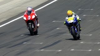 Repeat youtube video MotoGP Historic Battles -- Rossi vs Stoner Laguna Seca 08'