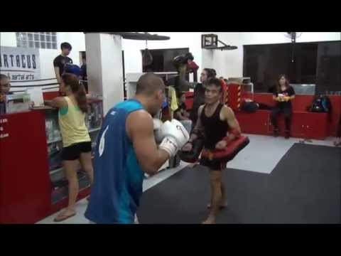 High energy Muay Thai trainer in Manila