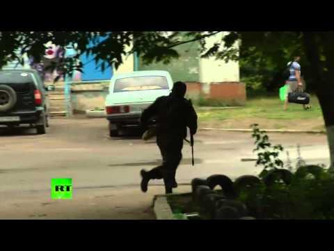 LIVE FIRE: Raw video of pro-autonomy militia in Lugansk border base battle