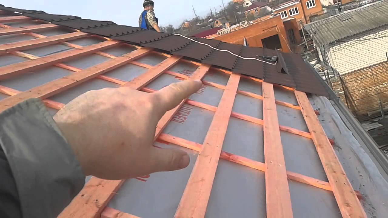 Как правильно сделать крышу из металлочерепицы фото 481