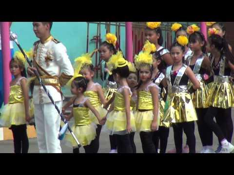 น้องเฮอิณ-เชียร์ลีดเดอร์ พาเหรดสีเหลือง โรงเรียนกรพิทักษ์ศึกษา58