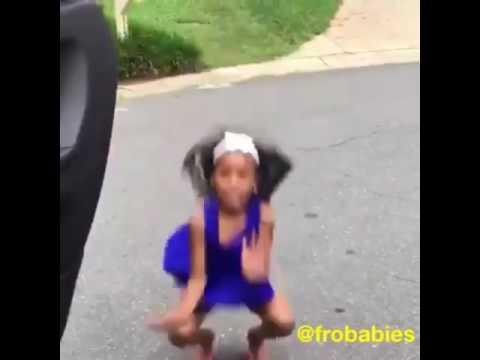 Hija de ozuna bailando panda