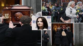 Mourners turn out to say goodbye to Cranberries star Dolores O'Riordan  - News 247