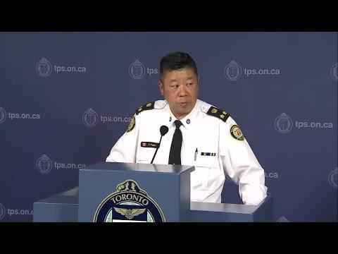 Arresting officer in Toronto van attacks doesn't consider himself a hero