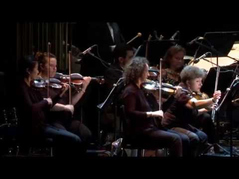 """Noa sings """"Bereshit"""" with the Philharmonic Orchestra Rishon Le Tzion"""