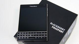 Распаковка BlackBerry Passport с подставкой и кейсом (unboxing)